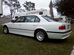-------------BMW 740 iL