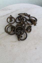 Antikvariniai zalvariniai karnizu segtukai. Kaina po 3