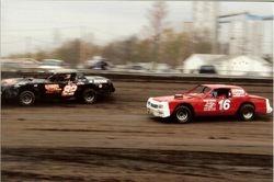 Quinn's Towing cars racing at Farmer City