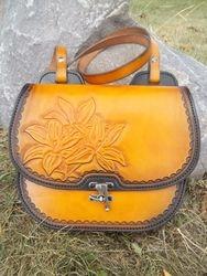 Saddlebag Style Purse