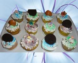 Cupcakes & Pop Cakes 11