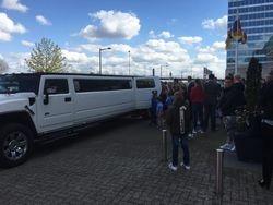 Hummer Limousine wit