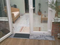 Tiled Floor / Level Decking
