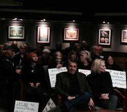 Crowd awaiting beginning of hearing