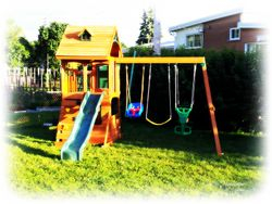 Ridgeview Clubhouse Delux Play Centre June2013- Montreal North
