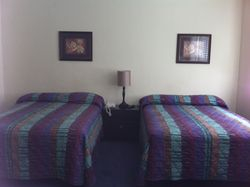 Rooms with 2 double beds