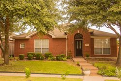 Front View5012 Spicewood Dr.