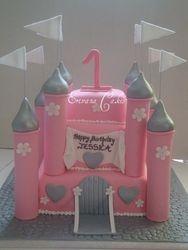 Castle Cake 3 (B052)