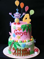Boots in Dora the Explorer cake