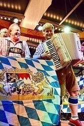 Woho & Kalendar Band