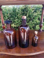 Antikvariniai vaistines vaistu buteliukai. Kaina 7, 6, 5