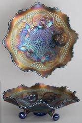 Horse Medallion ftd ruffled bowl, blue
