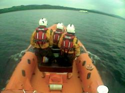 Lough Derg RNLI Lifeboat launched to assist 5 people onboard 49ft cruiser