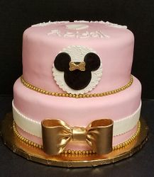 Minnie Moue cake pink and gold