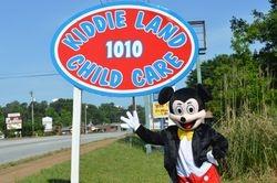 Mickey Visit Kiddie Land