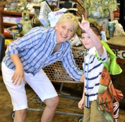 Riley and Ellen at Gift shop