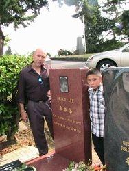 Bruce Lee's Memorial