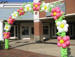 Flower Balloon Arch at Congressional Plaza