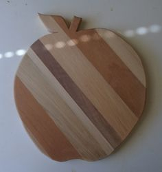 """Apple plate"": 9""across x 5/8""thick $10.00"