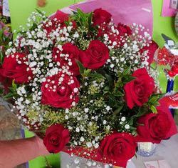 12 x Red Rose Bouquet