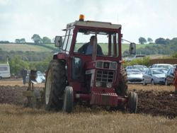 IH 946 ploughing