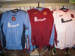 1998/99 home and away and 3rd Pony