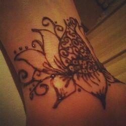 Henna by Luna