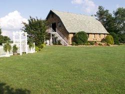 New Arbor, Lodge