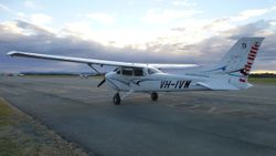 Cessna 172S VH-IVW