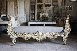 #29/136 19TH CETURY FRENCH SLEIGH BED