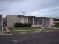 Residencia ubicada en la exclusiva Urbanización Vista Verde en Mayagüez