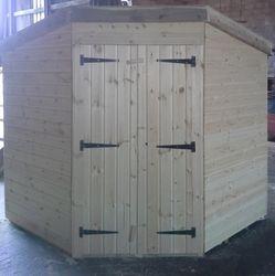 Corner Shed (7' x 7')