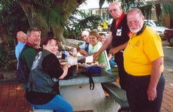 Some Northern Gateway members enjoying lunch at Sawtell - Nov 2005