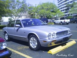 Rich W.------Jaguar  XJ8