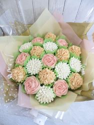 Blush Cupcake Bouquet