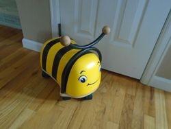 ZÜM BUGZ Ride-on Bee - $25