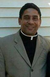 Reverend Pedro Fernandez Director General en Cuba