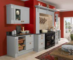 COLONIAL PENDLE PASTEL PAINTED KITCHEN