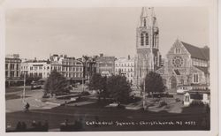 Christchurch Cathedral Square in 20's