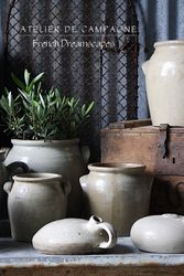 #25/162 FRENCH GRAY JUGS