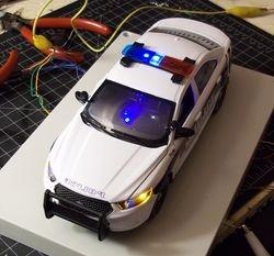 1/24 scale Ford interceptor w/ lights