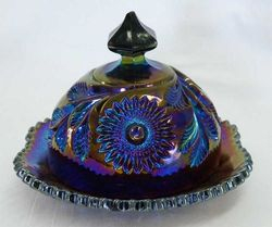 Hobstar and Feather butter dish, amethyst