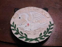 triple peer medallion