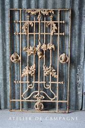 #25/039 FRENCH CAST IRON WINDOW GUARD