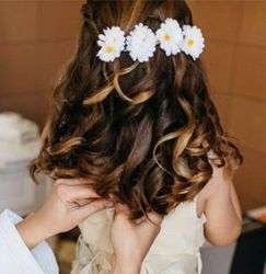 Daisys with curls for a young flower girl