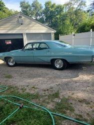 55.67 Pontiac Bonneville