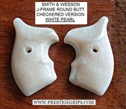 S&W MODEL 642 checkered WHITE PEARL