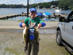 Greg Del Russo takes 1st place with 11.87lbs and a 4.64 BF