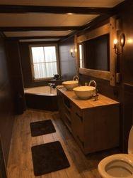 Badkamer meubel van Steigerhout met spiegel..