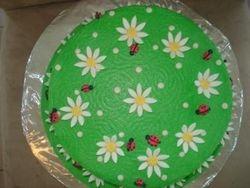 lady bug and daisy cake